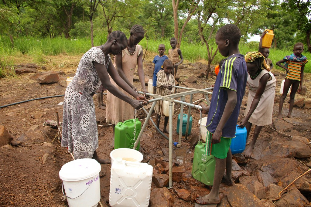 Families_in_Kule_Camp,_Gambella_have_access_to_clean_water_(14950165820)