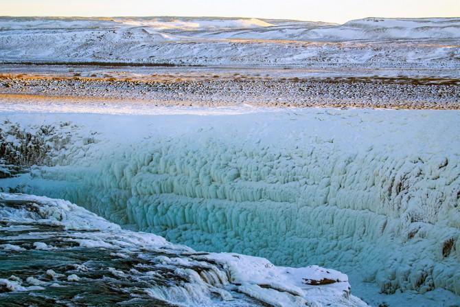 Muro helado en la cascada Gulffoss