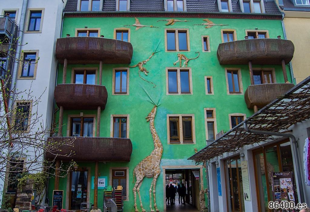 edificio-jirafa-1024x700a