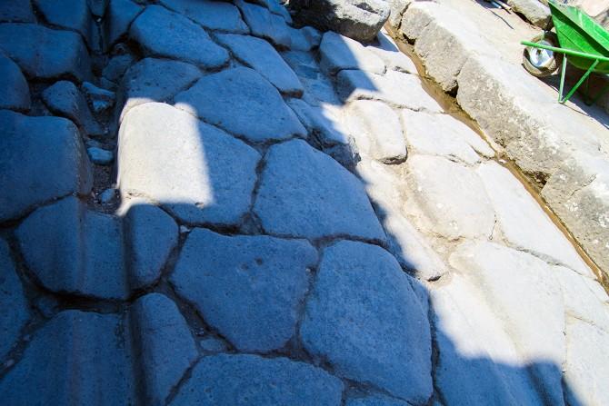 Rodadas de carruajes en las calles de Pompeya