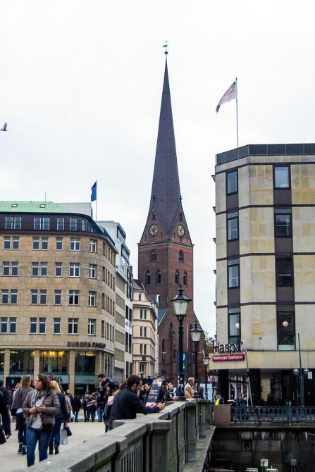 Cúpula de la iglesia de St. Petri Hamburgo