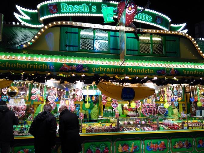 Puesto de dulces en HamburgerDom