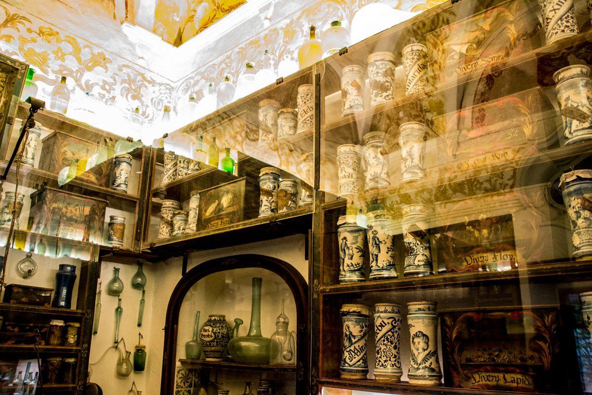 Antigua botica del monasterio de Valldemosa 2 - Pueblos más bonitos de Mallorca