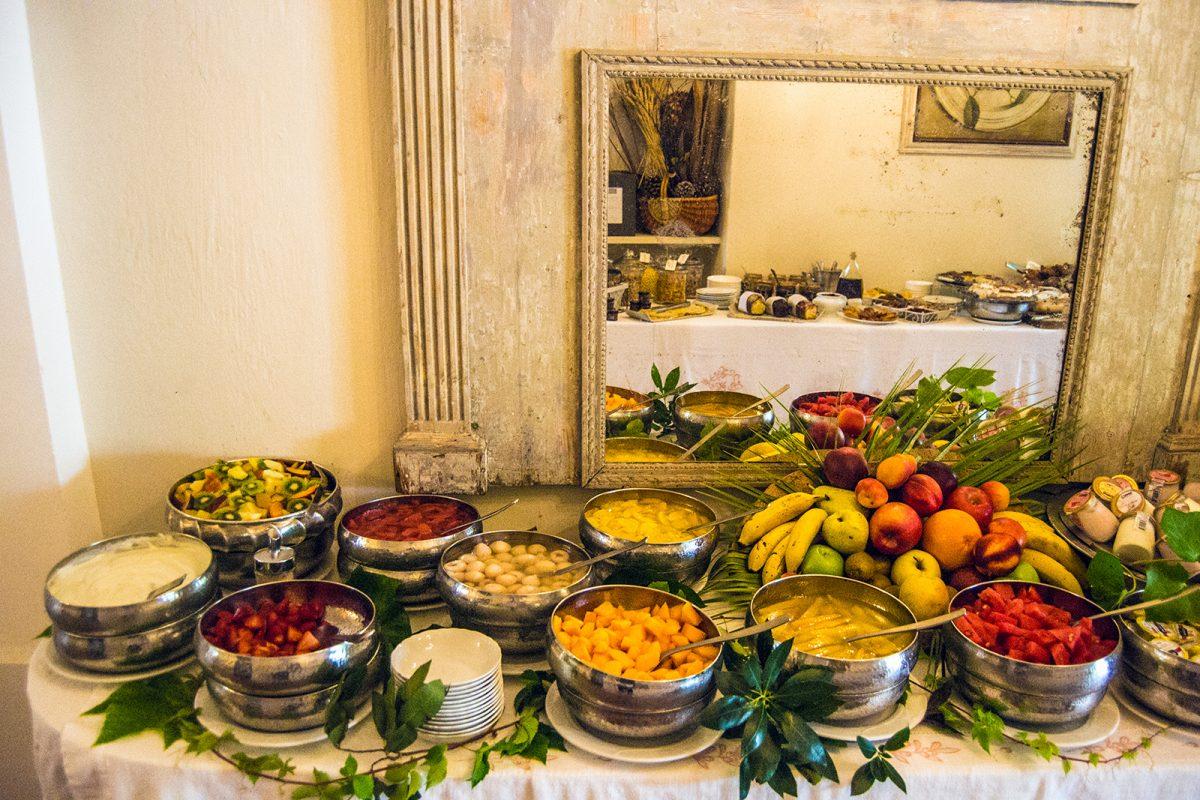Buffet libre desayuno del Hotel Mas de Chastetas