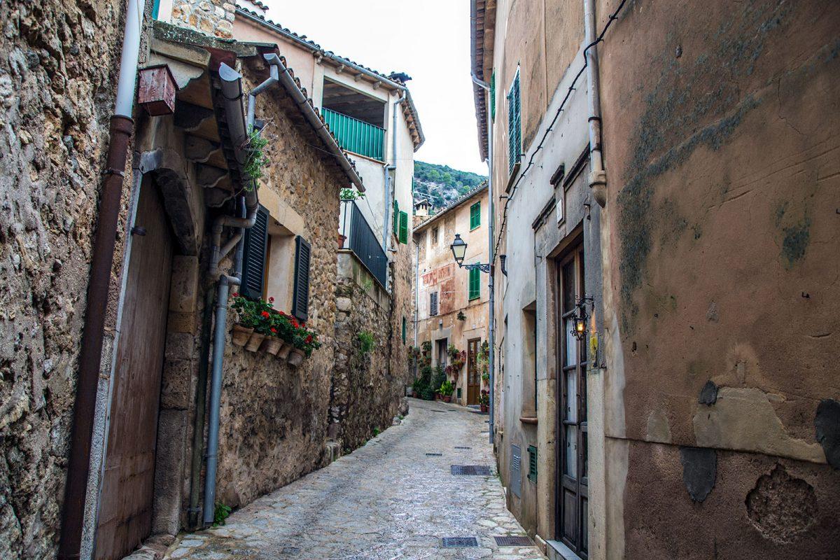 Calles de Valldemosa - Pueblos más bonitos de Mallorca