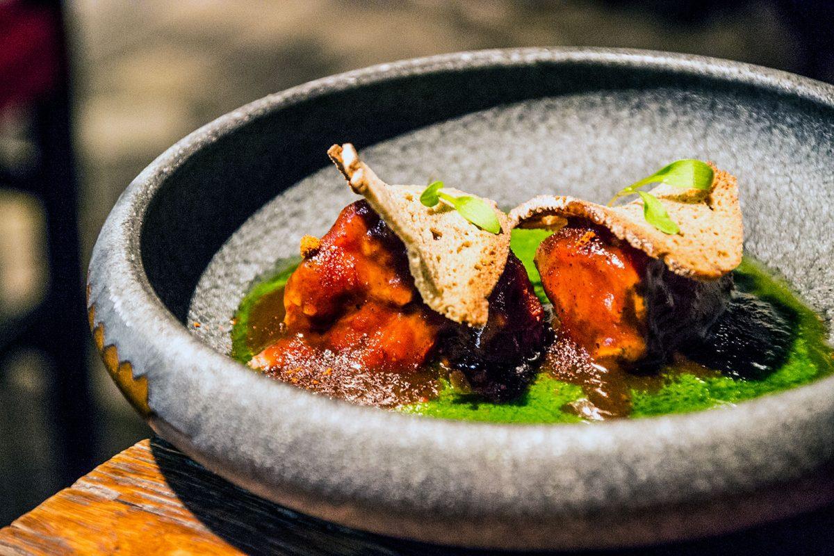 Carrillera de cerdo ibérico con mojo canario - Restaurantes Mallorca
