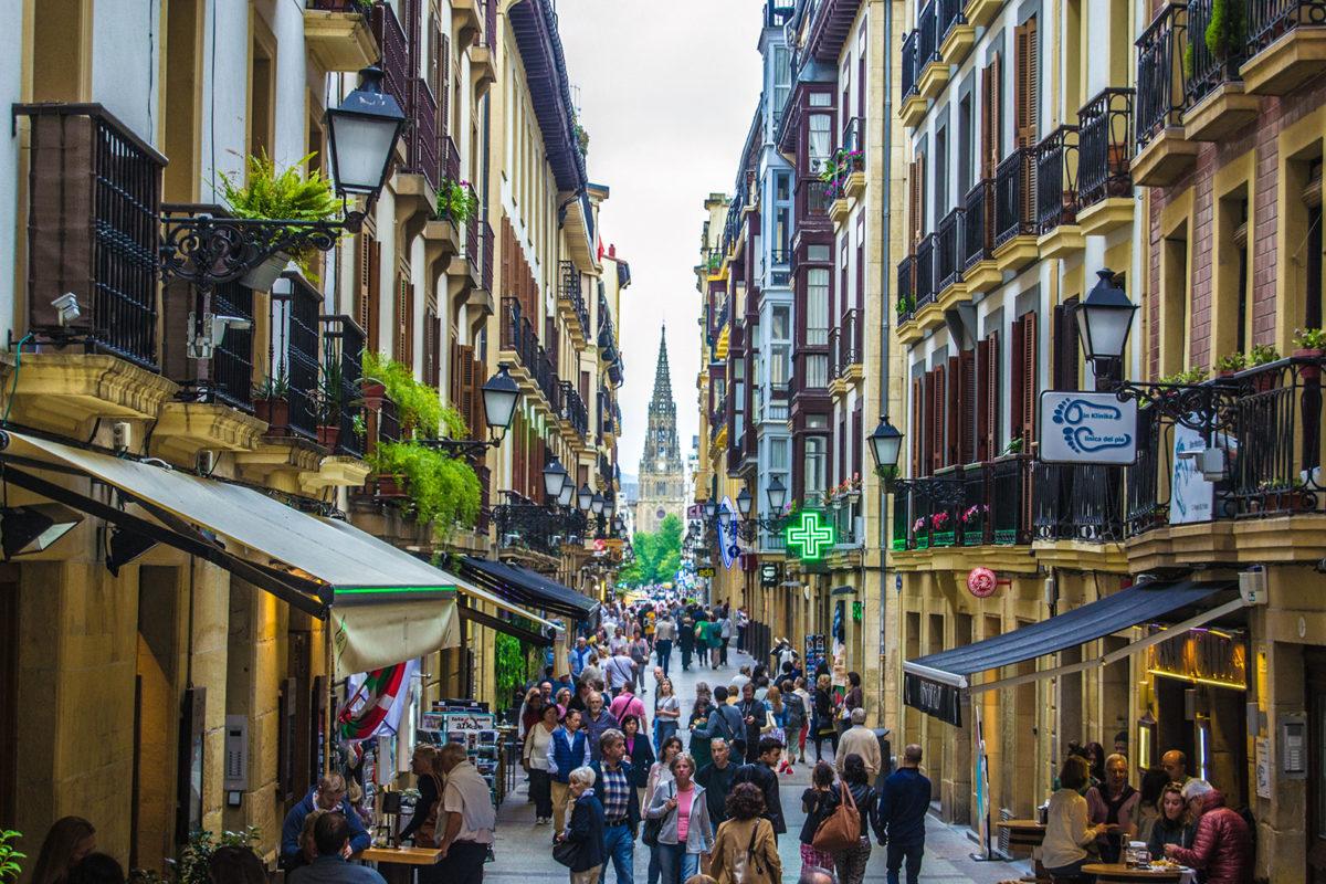 Casco, ambiente y pintxos de San Sebastián