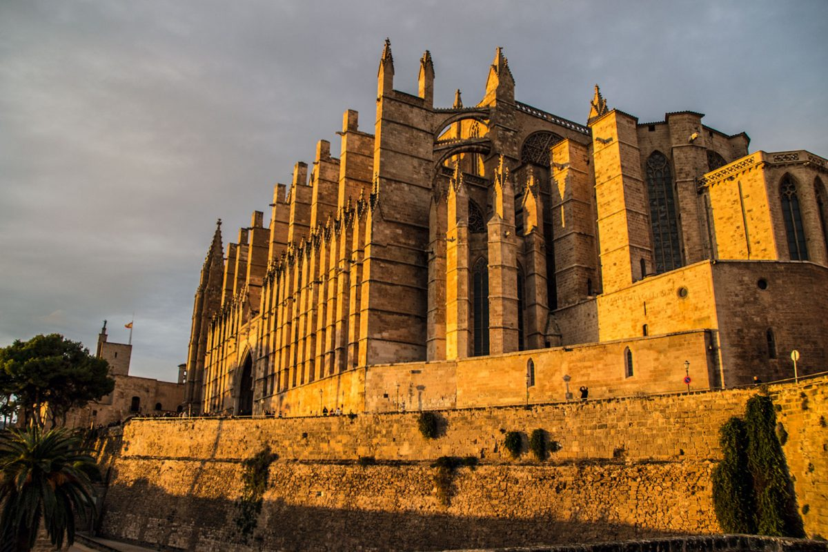 Catedral de Mallorca al atardecer - qué ver en Mallorca