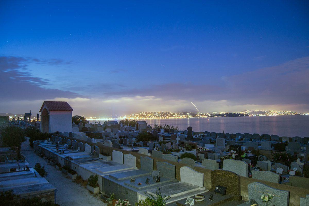 Cementerio en primera línea de playa de Saint-Tropez