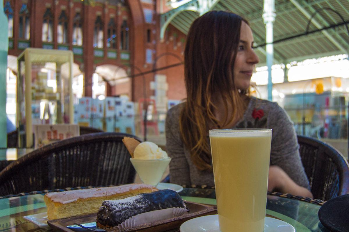 Fartons, horchata y leche merengada en Daniel Orxata - Un día en Valencia