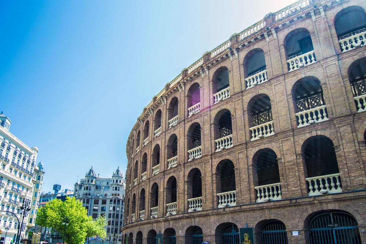 Fachada de la Plaza de Toros de Valencia- Un día en Valencia