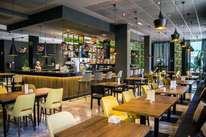 Cafetería del hotel Malcom and Barret - Un día en Valencia