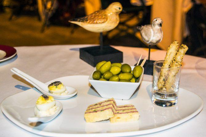 Entrantes restaurante Le Domaine d'Auriac - que ver en Carcassonne en un día