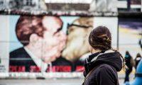 Famoso beso de Breznev y Honecker del East Side Gallery - día 4 en Berlín