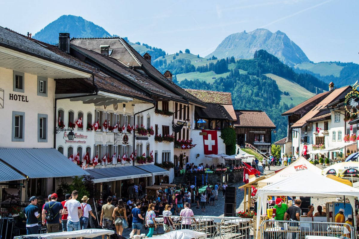 ▷Qué ver en Gruyères y Friburgo en un día ◁ Pueblos de cuento en Suiza ✅