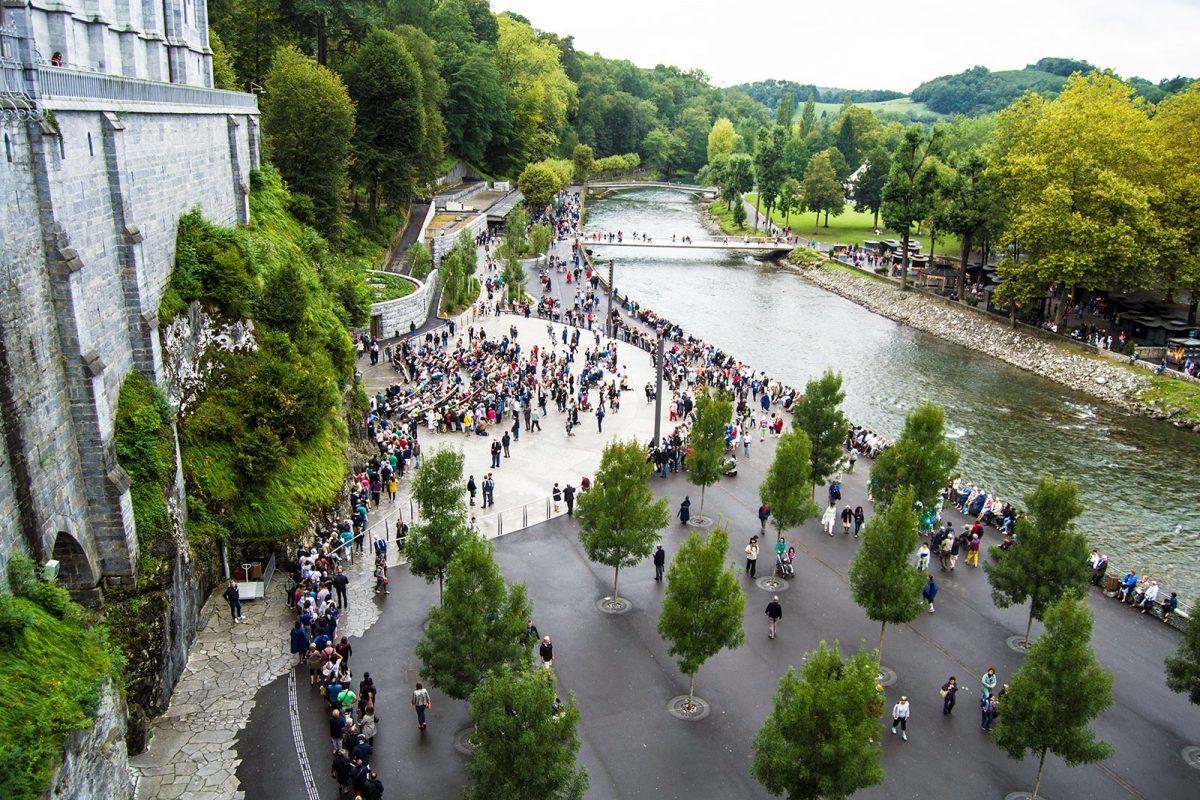 Gruta Massabielle - Santuario de Lourdes