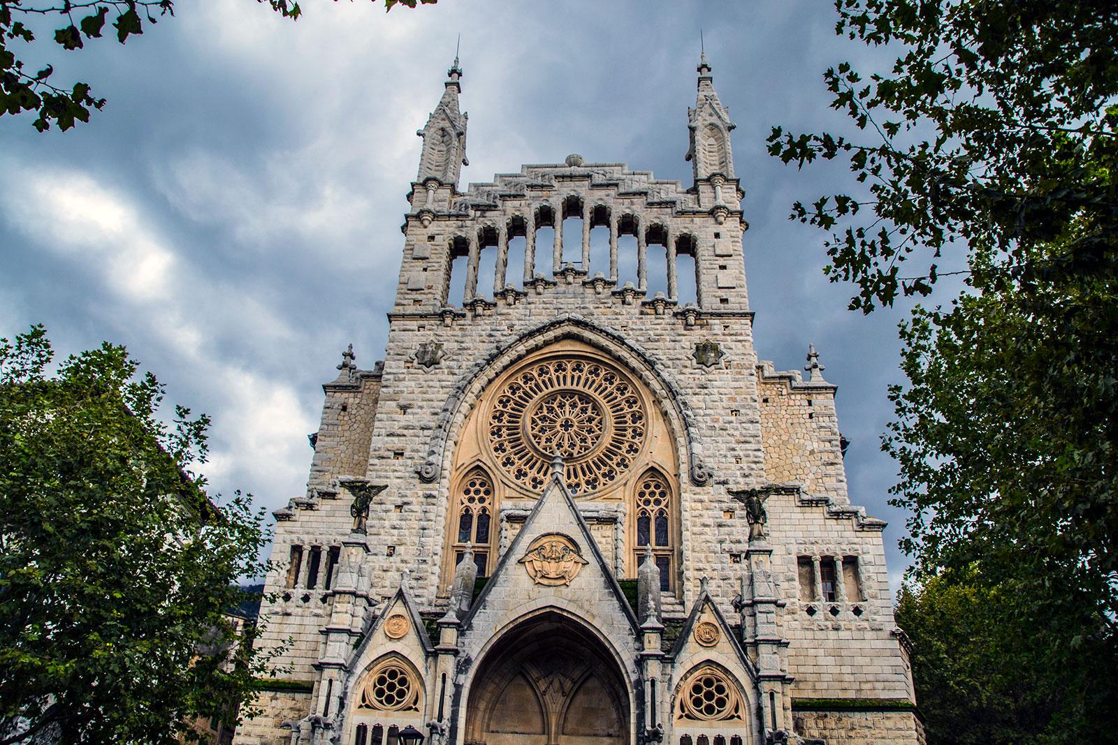 Iglesia de Sant Bartomeu en Sóller - Pueblos de Mallorca