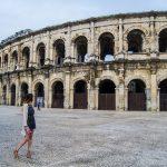 Nerea a punto de visitar la Arena de Nimes - qué ver en Nimes