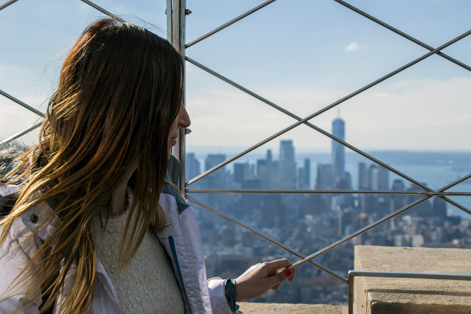Nerea en el Empire State Building con la Freedom Tower de fondo - Vistas de Nueva York