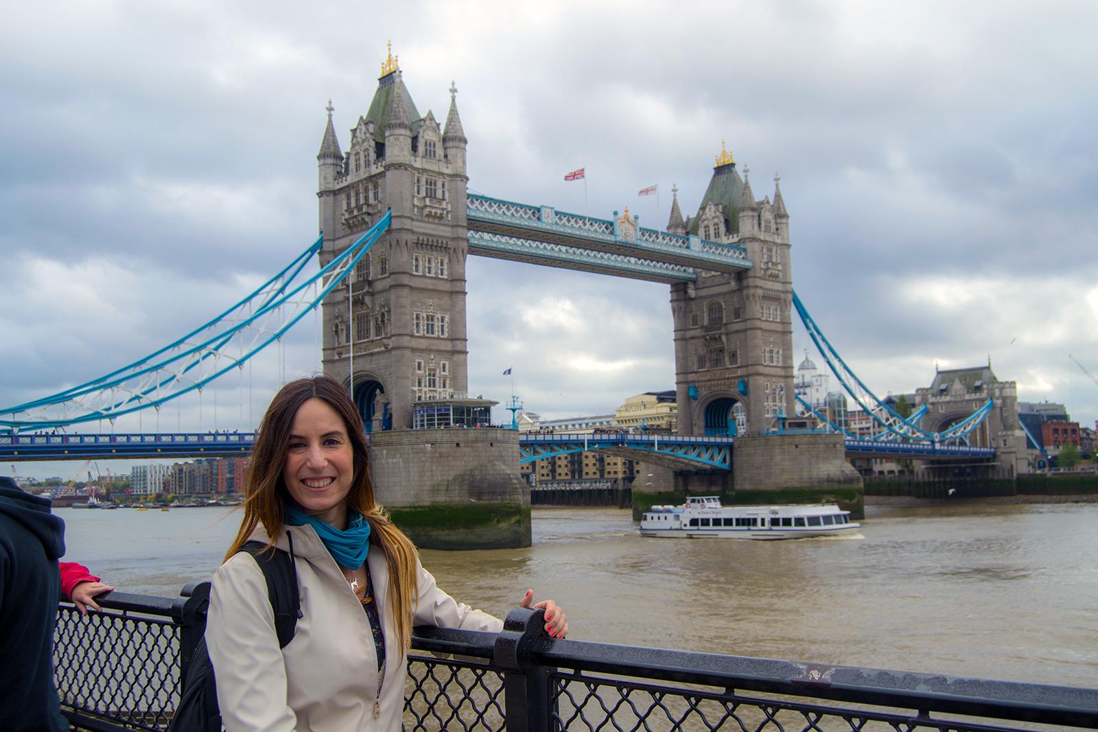Nerea en el Puente de Londres – Cómo exprimir al máximo una London Pass de un día
