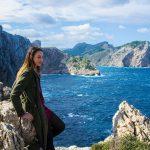 Nerea en el cabo de Formentor 2 - Pueblos de Mallorca