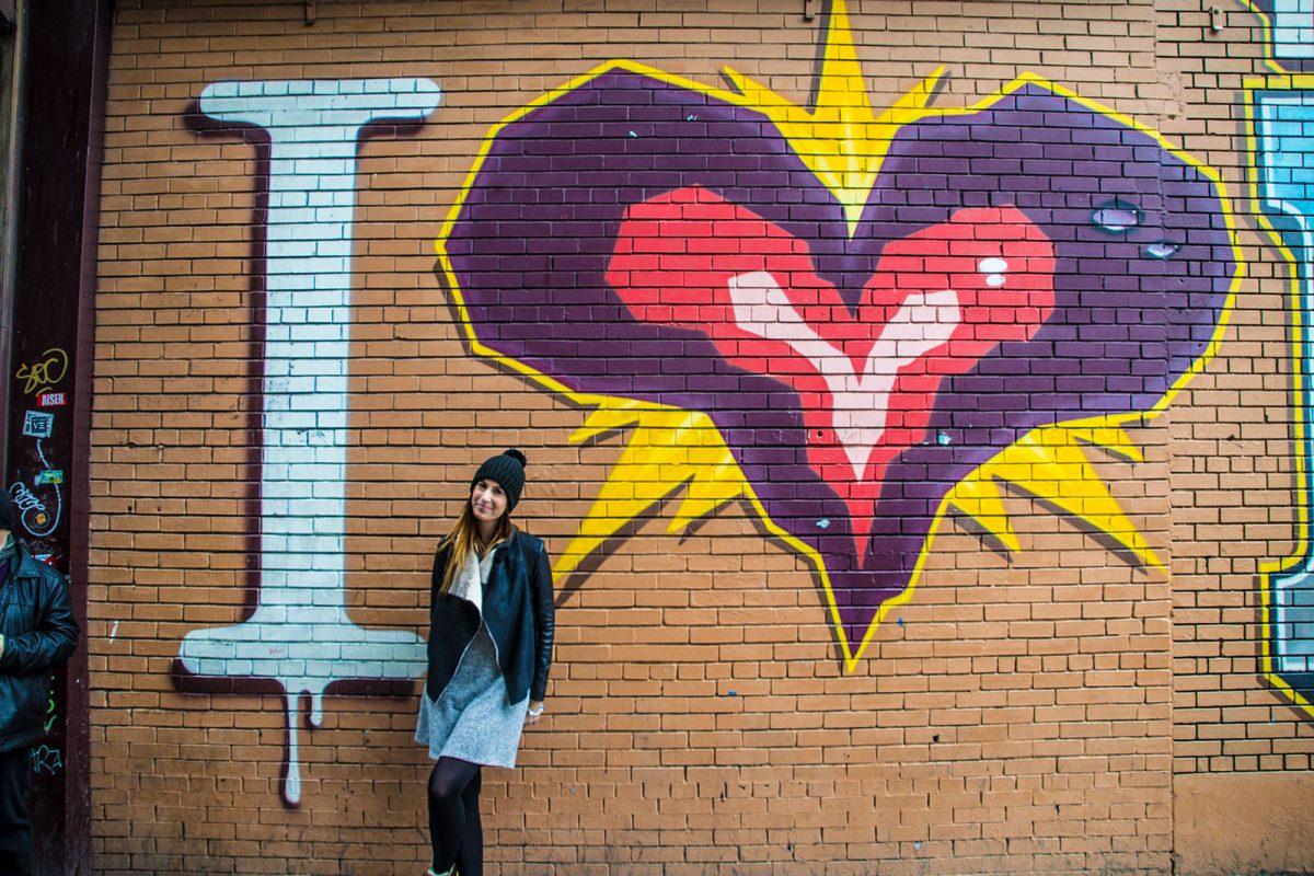 Nerea en el grafiti del Bronx - excursiones desde Nueva York