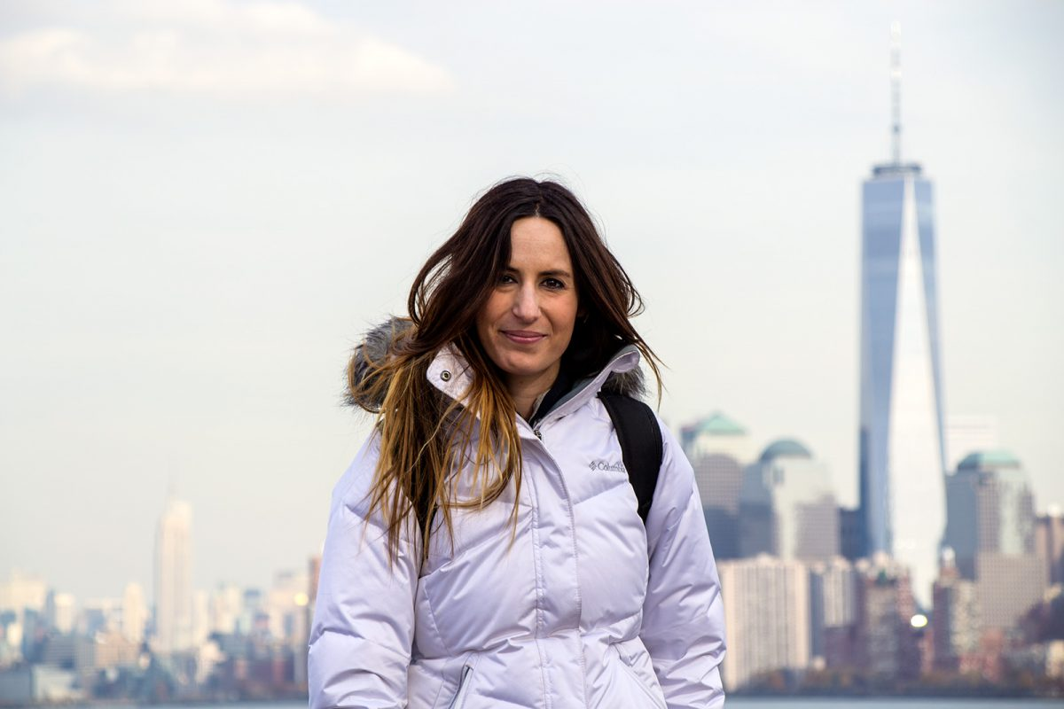 Nerea entre la Freedom Tower y el Empire State Building - New York CityPass