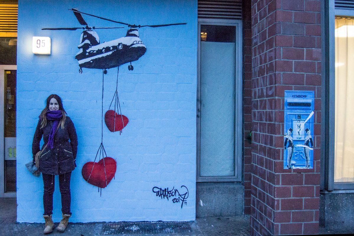 Nerea y grafiti Berlín