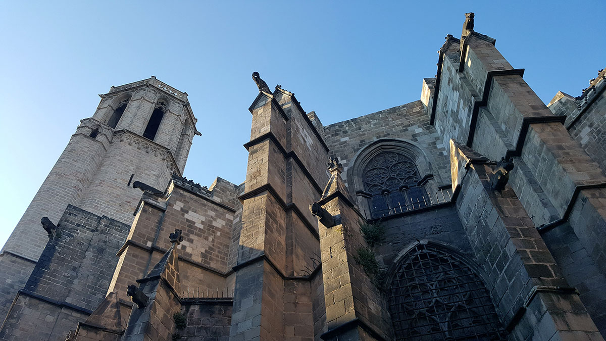 Otra vista de la Catedral de Barcelona