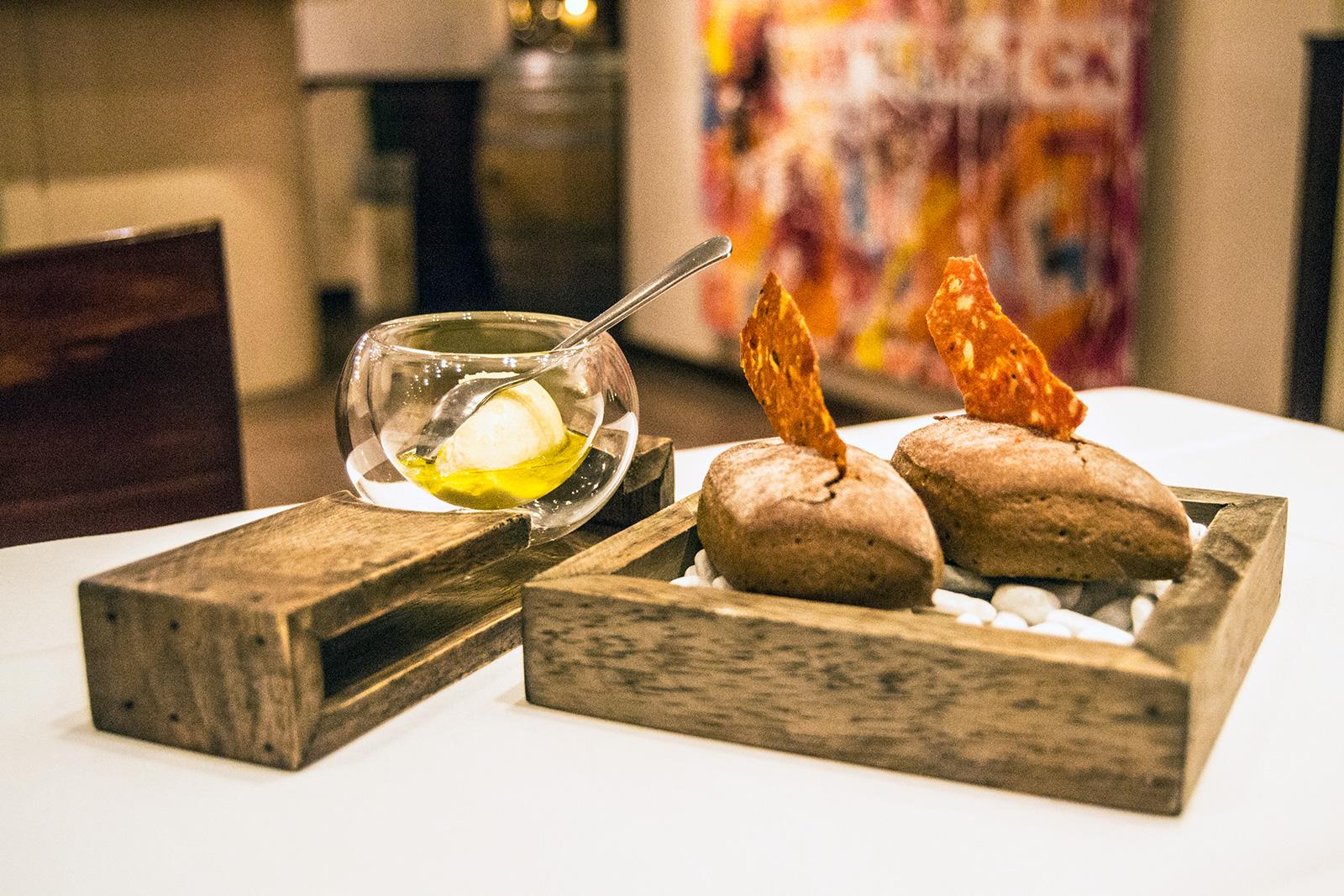 Pan con mantequilla y aceite en Markus Semmler