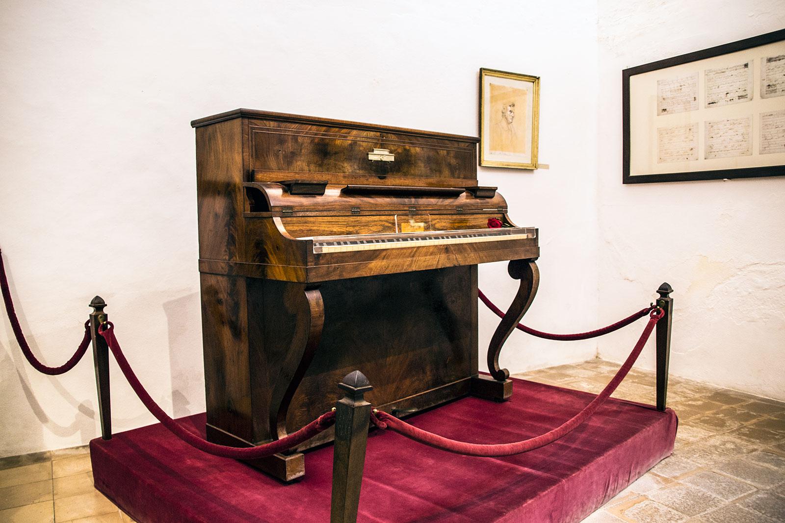 Piano en el museo Chopin - Pueblos de Mallorca
