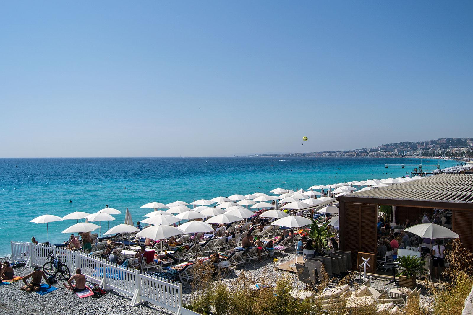 Playa de Niza -una mañana en Niza