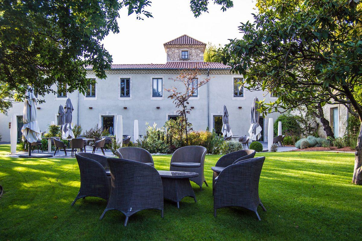 Terraza del hotel Mas de Boudan