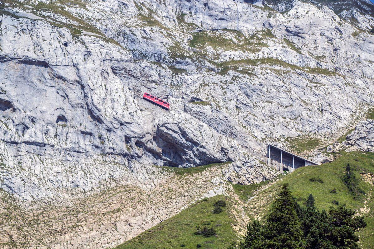 Tren cremallera Pilatus - tren cremallera Monte Pilatus