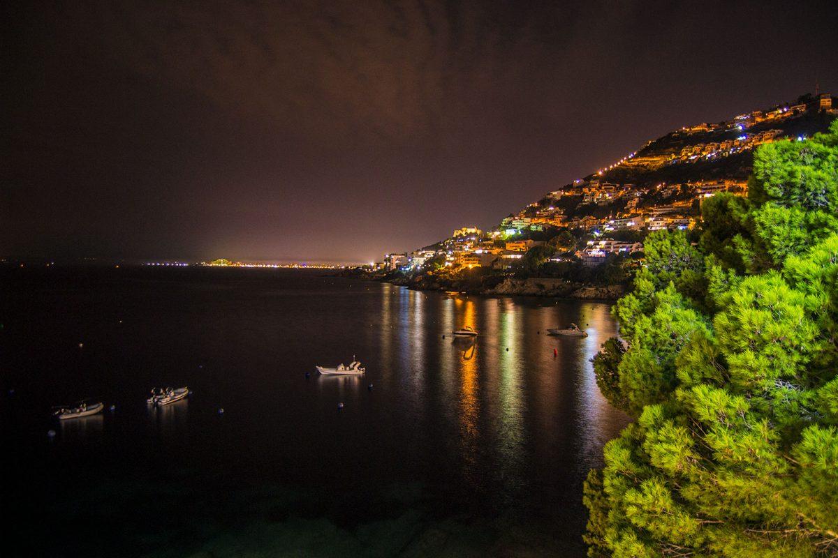 Vistas nocturnas del mar desde el Hotel Vistabella - regreso Costa Brava
