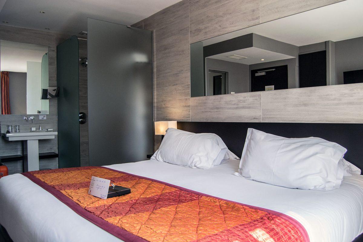 habitación del Best Western Plus Hotel Massena Nice - un día en Niza y Montecarlo