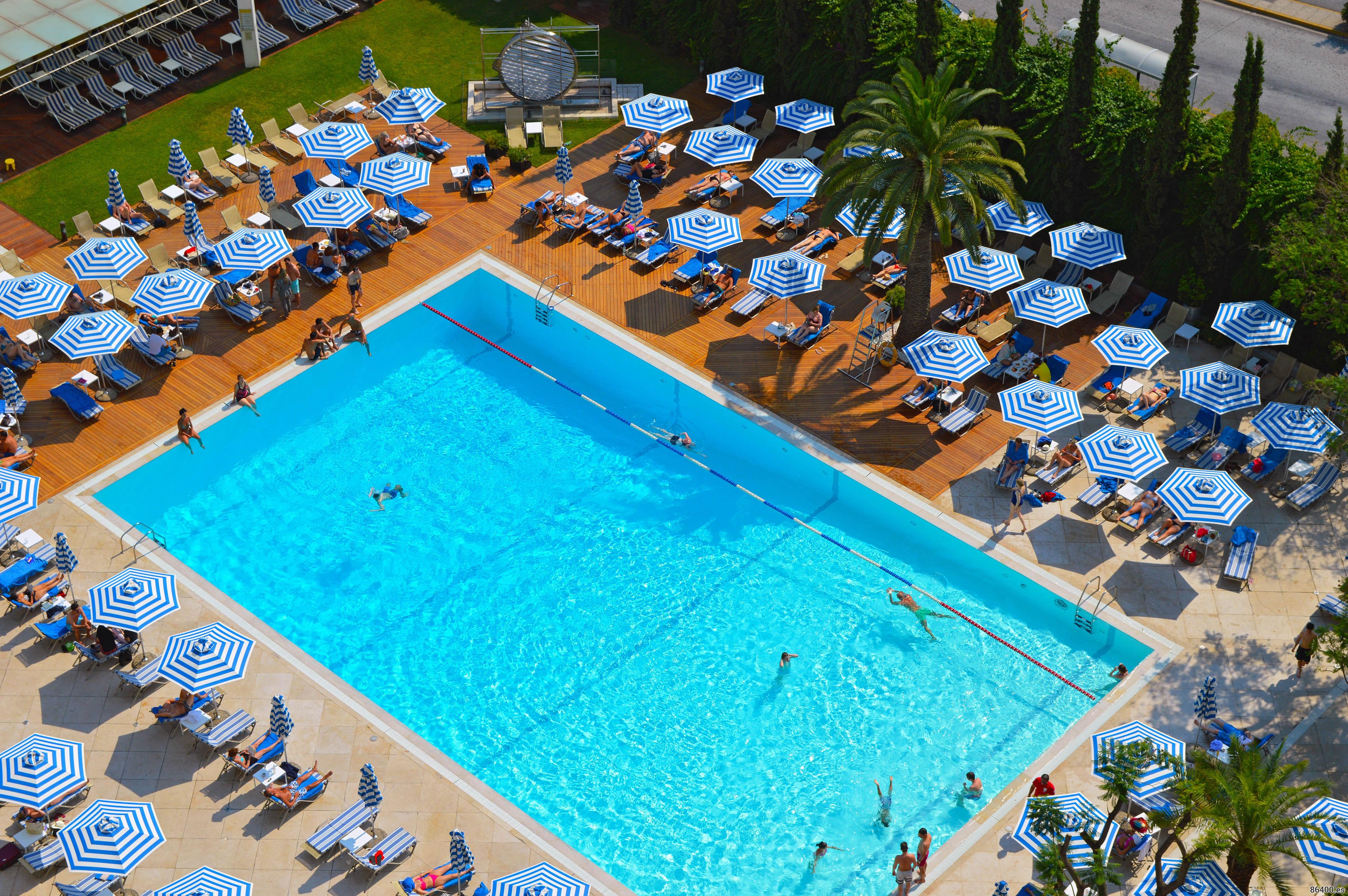 Piscina del hotel Hilton de Atenas
