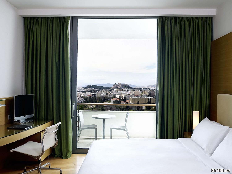 Vistas de la Acrópolis desde la suite del hotel Hilton Atenas