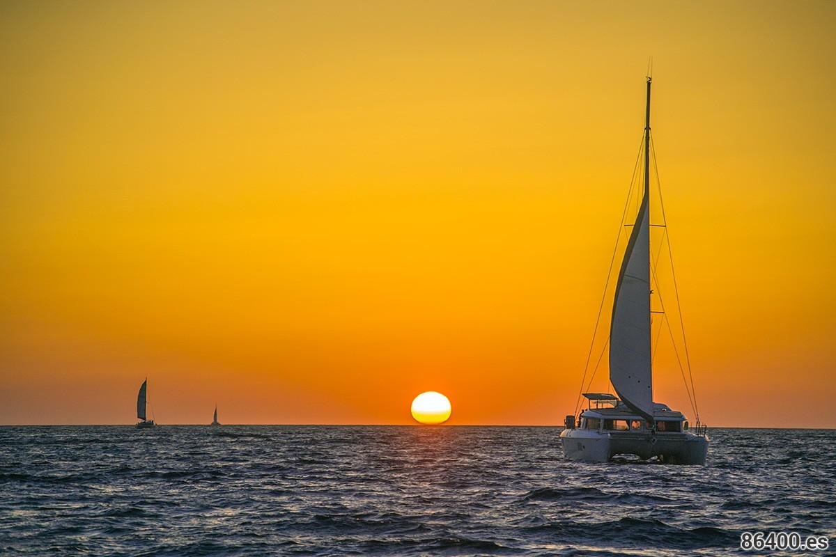 ¿Dónde ver los mejores atardeceres de Santorini?