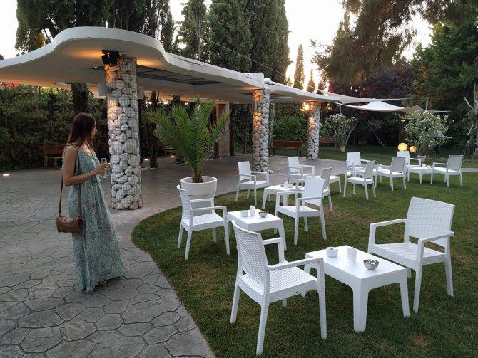 """Jardines del restaurante Gayarre """"la Nuit"""""""