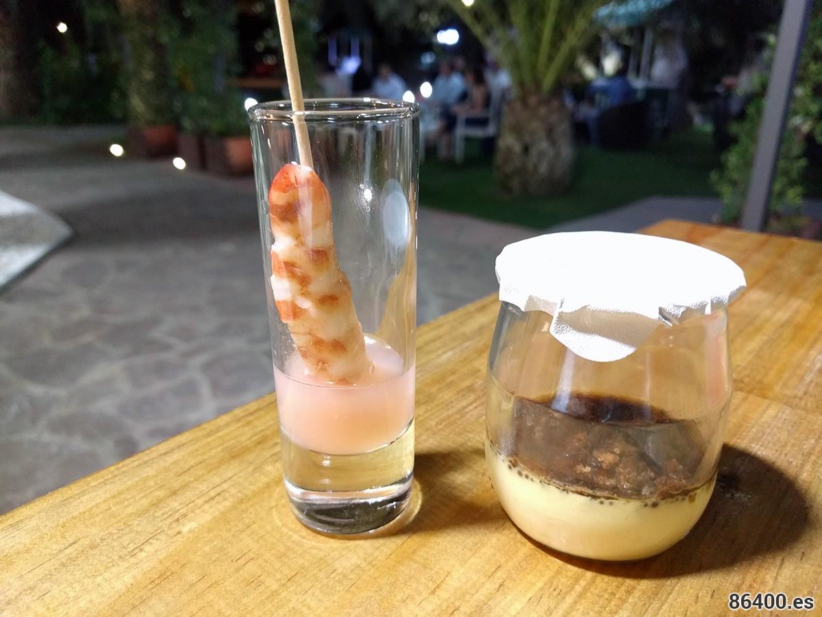Ceviche de langostinos con verduritas y yogur de foie con brioche caramelizado y nueces de Macadamia