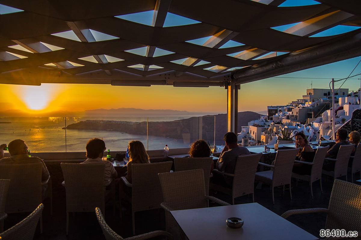 Terraza del Rocka Cafe Bar en Imerovigli