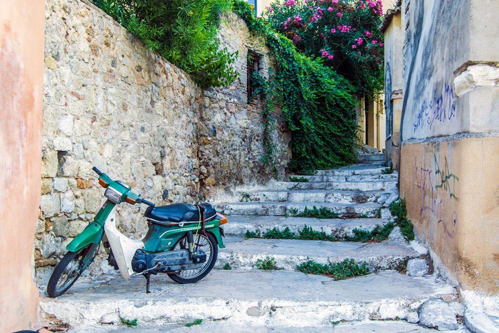 Preciosos recobecos del barrio de Plaka - Estadío Olímpico de Atenas - Athens Photo Tour - formas alternativas de ver Atenas