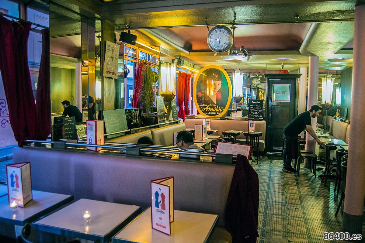 cafe-deus-moulins-la-cafeteria-donde-trabaja-amelie-que-ver-en-montmartre