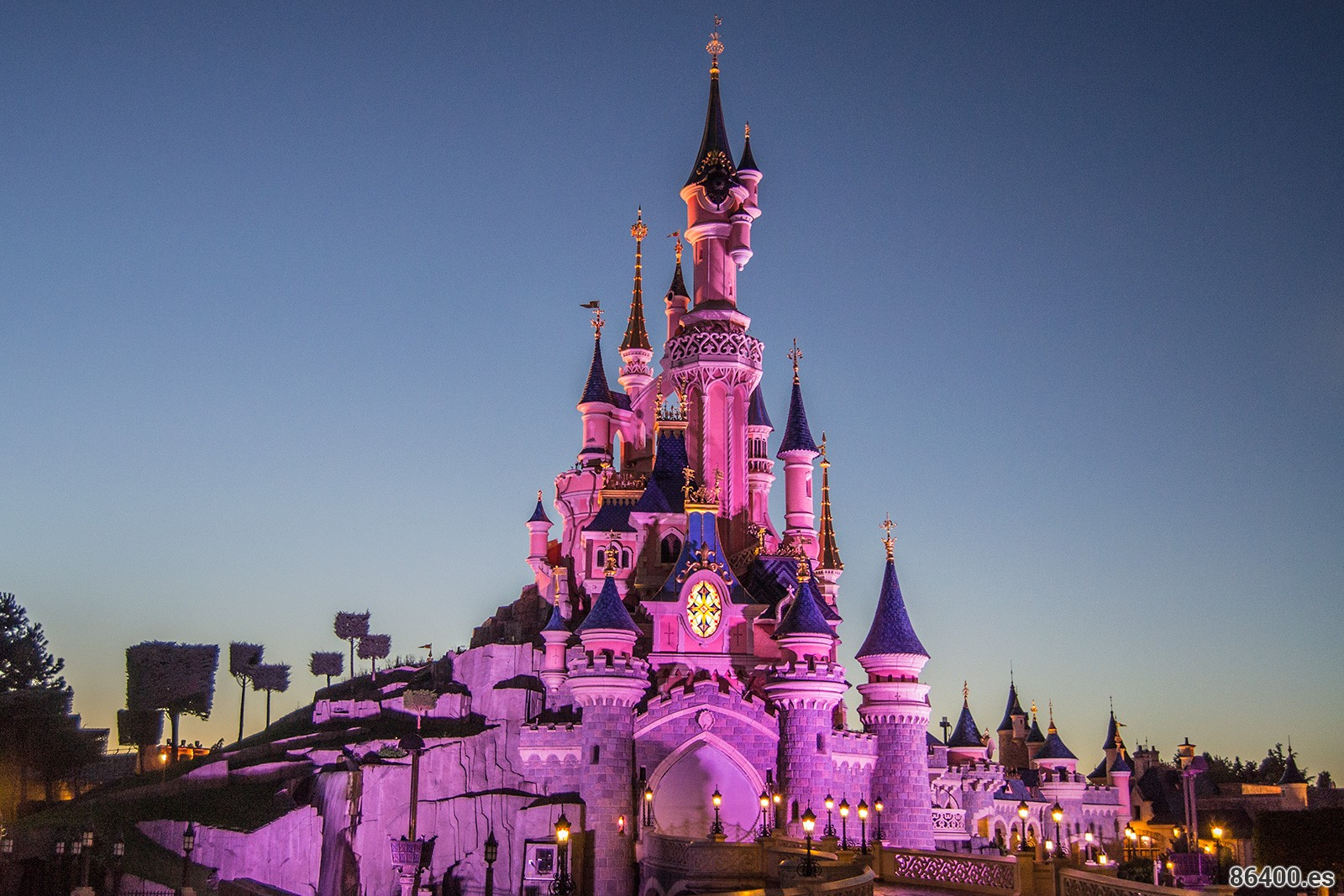 10 cosas que no te cuentan de Disneyland París (y necesitas saber)