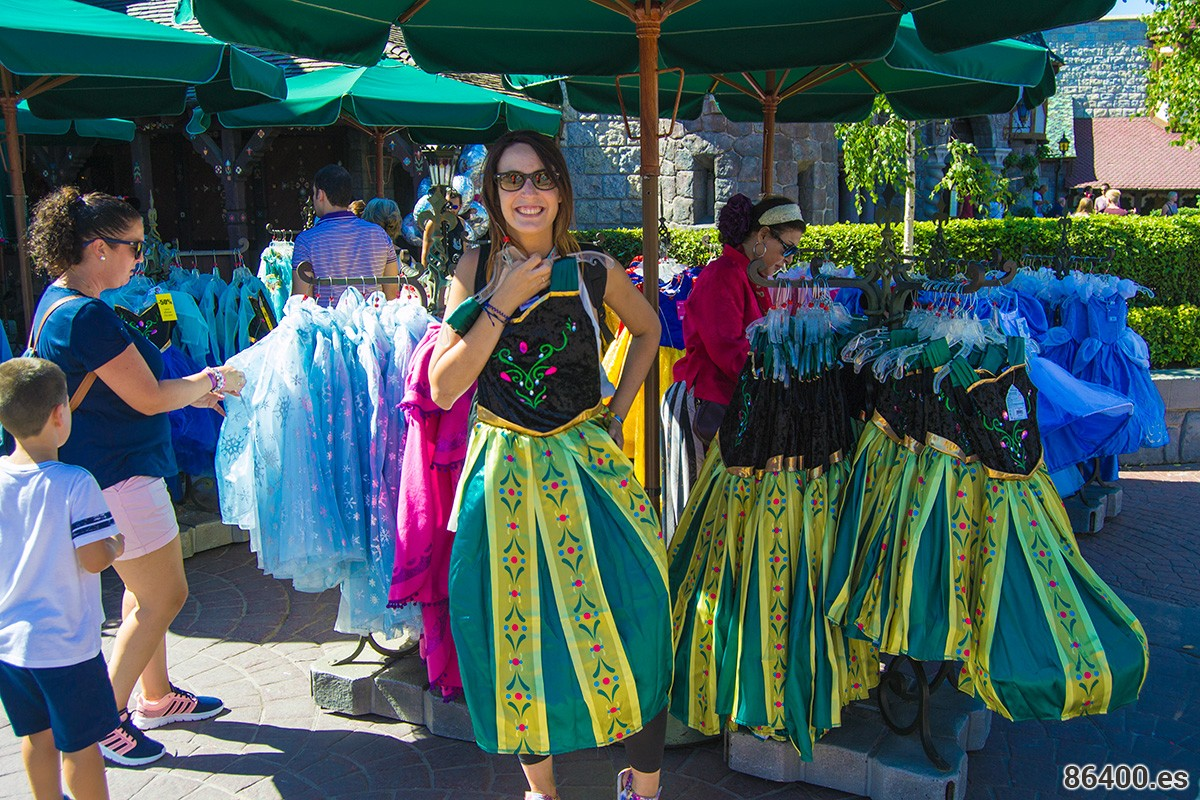 Disfraces de princesas por todos los lados - Consejo Disneyland París