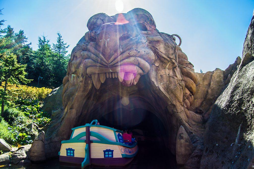 Entrando en las profundidades de la cueva de Aladín - Consejos Disneyland París