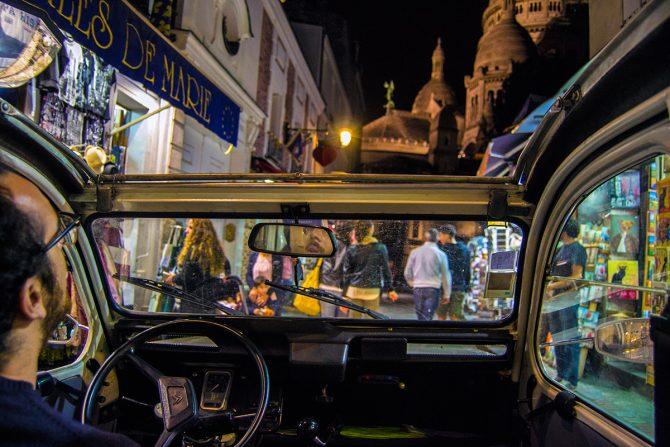 Tour por las concurridas calles Montmartre en un auténtico 2CV descapotable - Qué ver en Montmartre