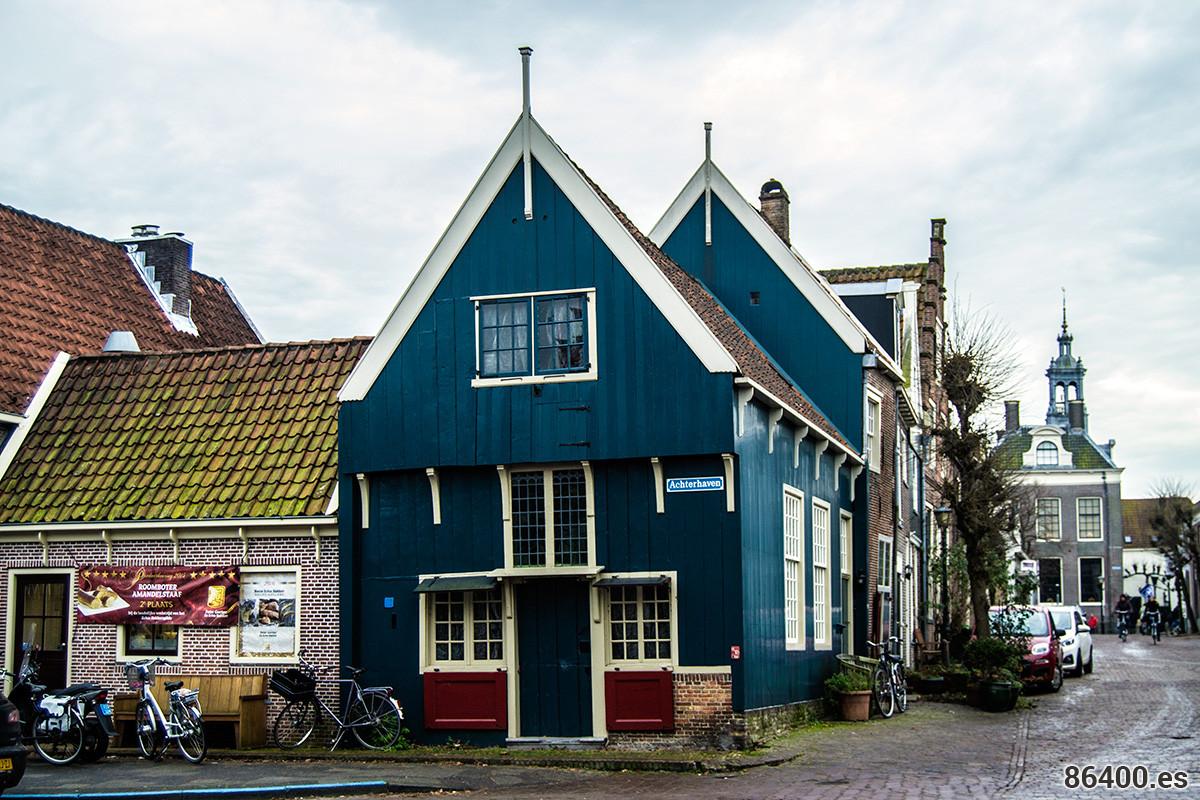 La única casa que queda en Edam de madera tras el incendio – Edam y Volendam