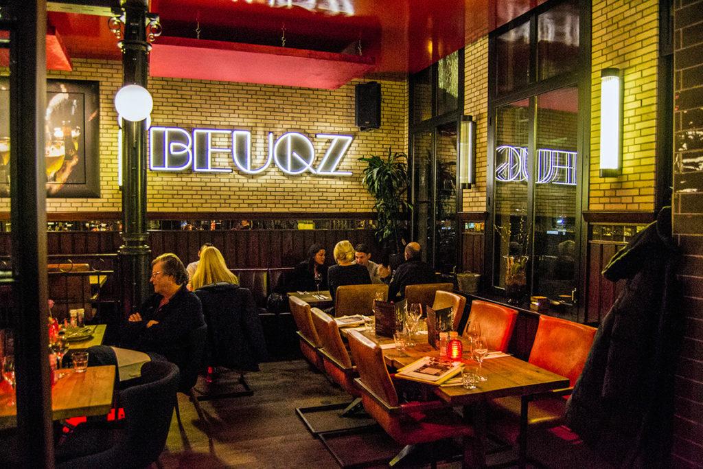 Restaurante Beuqz en el centro de Monnickendam